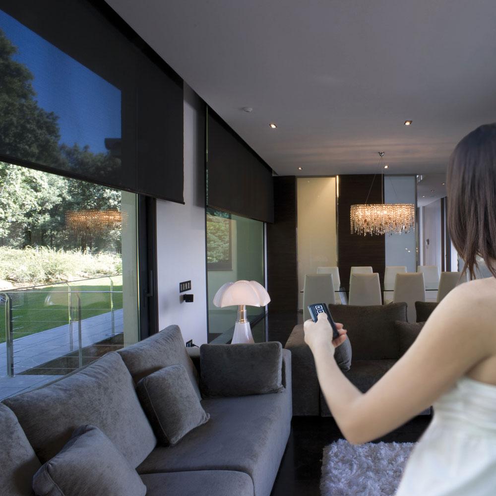 rideau roulant interieur great herrlich volet roulant interieur renovation cuisine pour velux. Black Bedroom Furniture Sets. Home Design Ideas